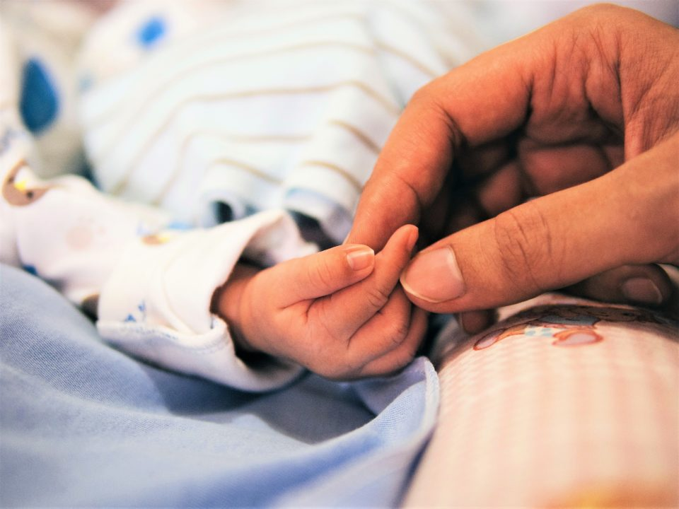 Coaching bébé maternité grossesse femme enceinte Ophylor